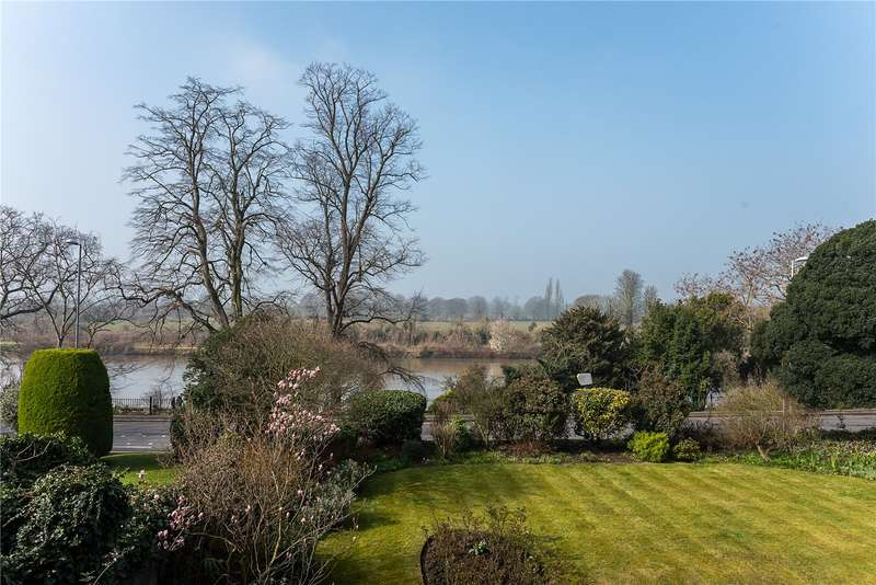 3 Bedrooms Flat for sale in Arundale, Anglesea Road, Kingston upon Thames, KT1