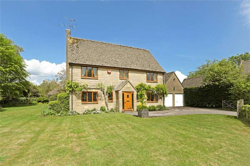 4 Bedrooms Detached House for sale in Grange Court, The Street, Yatton Keynell, Chippenham