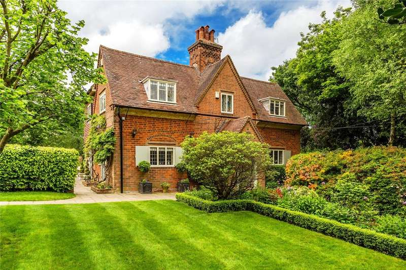 4 Bedrooms Detached House for sale in Chart Lane, Brasted Chart, Westerham, Kent, TN16