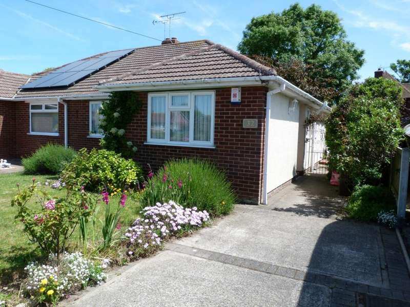 2 Bedrooms Semi Detached Bungalow for sale in Wilkes Road, Broadstairs