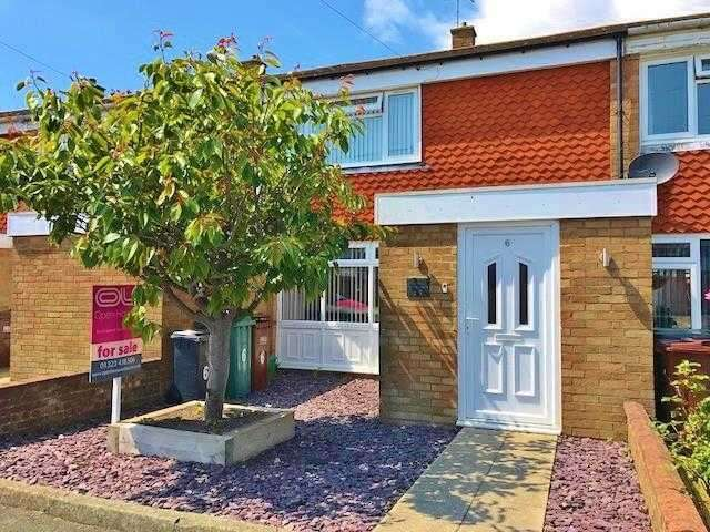 2 Bedrooms Terraced House for sale in Brede Close, Eastbourne