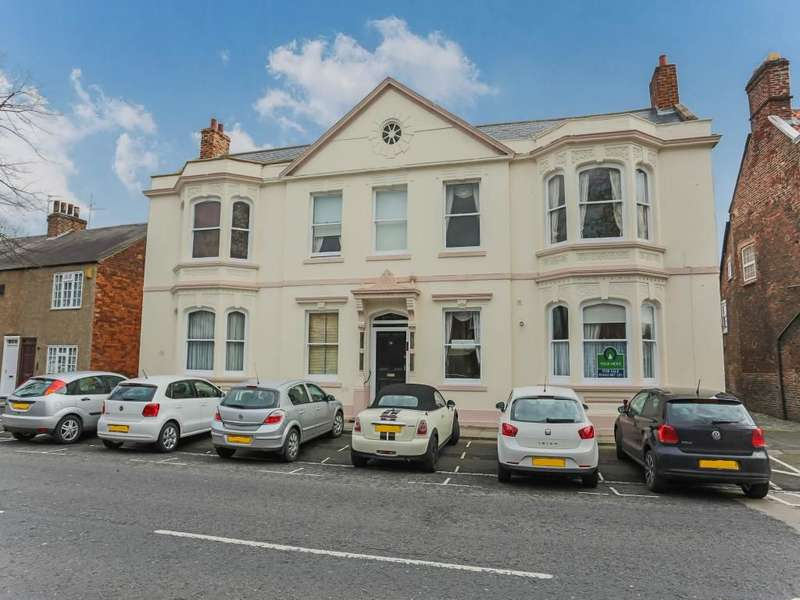 1 Bedroom Flat for sale in High Street, Norton, Stockton-On-Tees, TS20