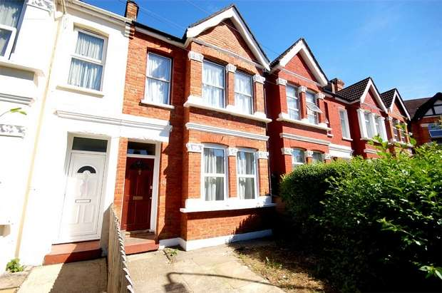 3 Bedrooms Terraced House for sale in Selwyn Road, Harlesden, London