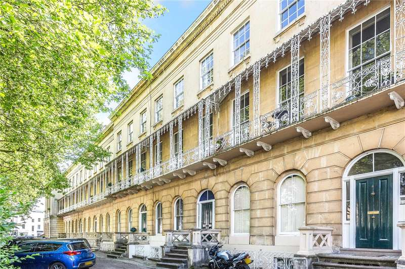 2 Bedrooms Flat for sale in Queens Parade, Cheltenham, Gloucestershire, GL50