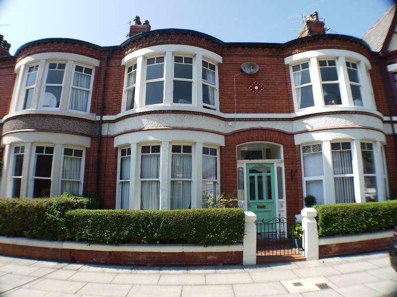 Apartment Flat for sale in Hallville Road, Liverpool, L18 0HP