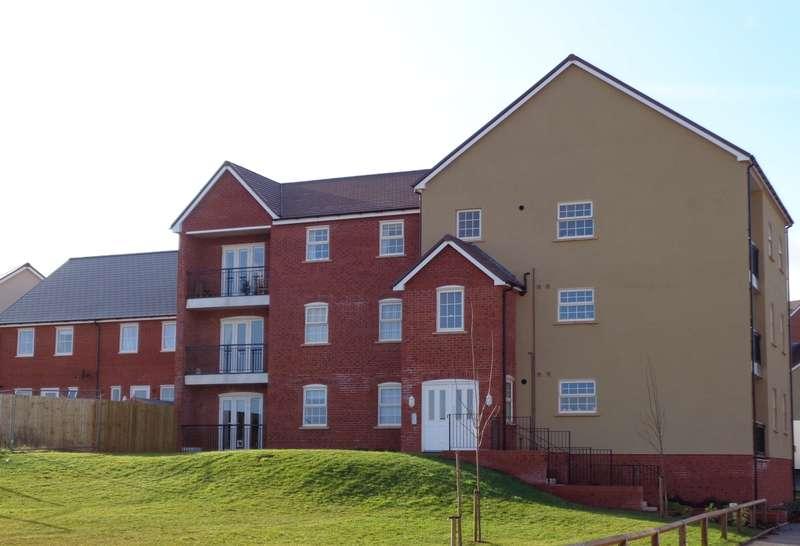 2 Bedrooms Flat for sale in Hillside Garden, Pinhoe