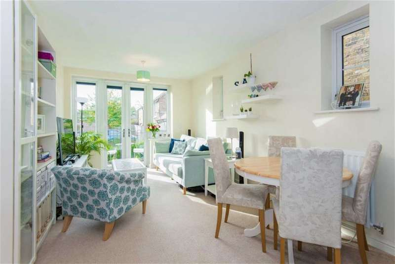 2 Bedrooms Property for sale in Swan Lodge, Harefield, Uxbridge, UB9