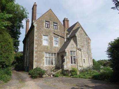 2 Bedrooms Flat for sale in Maples Drive, Ventnor, Isle of Wight
