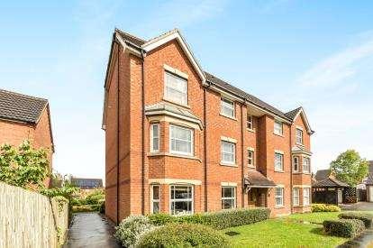 2 Bedrooms Flat for sale in Dey Croft, Chase Meadow, Warwick, Warwickshire