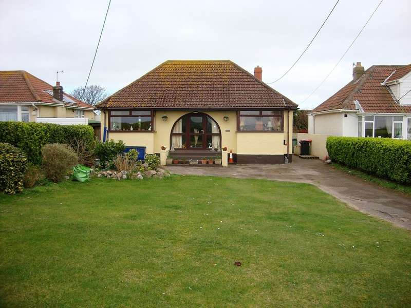 3 Bedrooms Detached Bungalow for sale in Beach Road, Sand Bay, Weston Super Mare