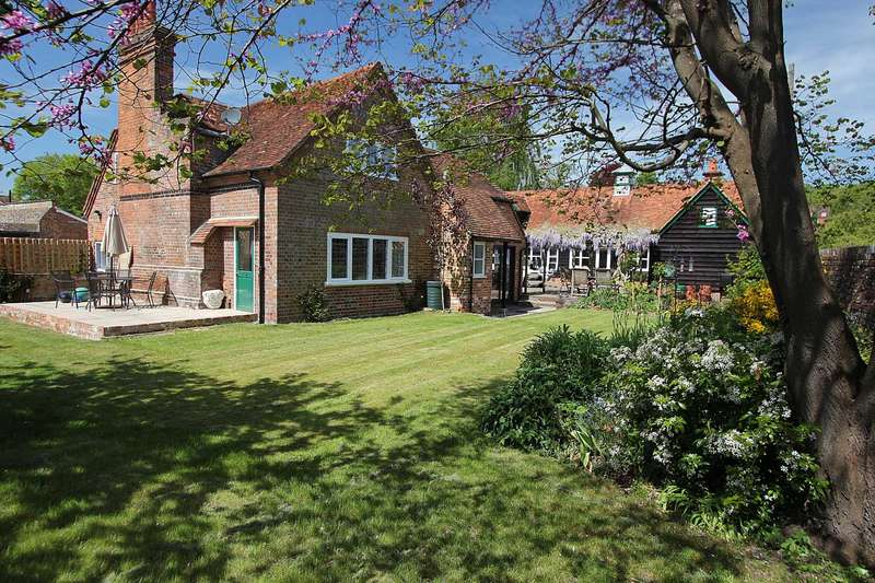 6 Bedrooms Detached House for sale in Whitchurch On Thames, Oxfordshire