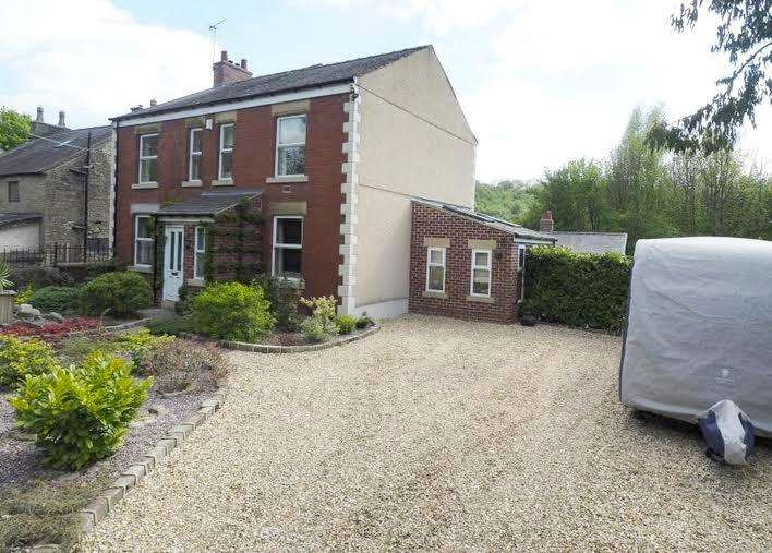 4 Bedrooms Detached House for sale in Mousley Bottom, New Mills, High Peak, Derbyshire, SK22 3JA