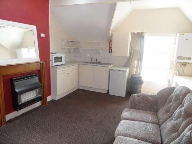 1 Bedroom Flat for rent in 38 St Pauls Road, Manningham, Bradford, BD8