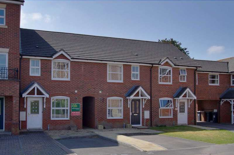 2 Bedrooms Terraced House for sale in Topaz Drive, Andover