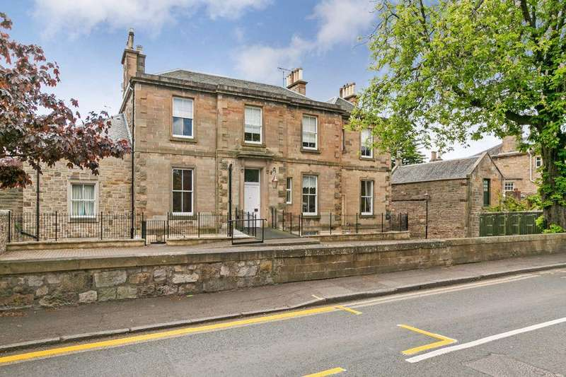2 Bedrooms Flat for sale in 12/4 Church Hill, Morningside, EH10 4BQ