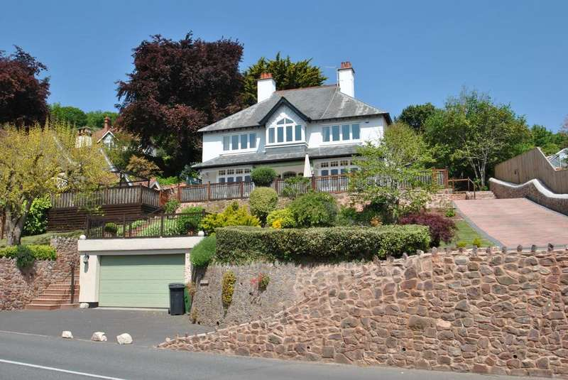 5 Bedrooms Detached House for sale in The Parks, Minehead