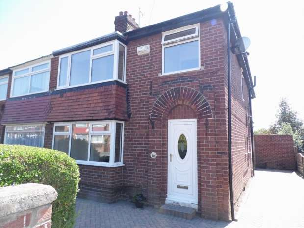 3 Bedrooms Semi Detached House for sale in Scawthorpe Avenue Scawthorpe Doncaster