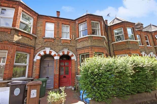 1 Bedroom Flat for sale in Edward Road, Walthamstow, London