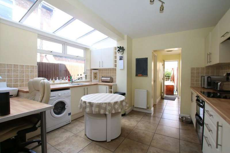3 Bedrooms Semi Detached House for sale in Rosemary Lane, Chatteris