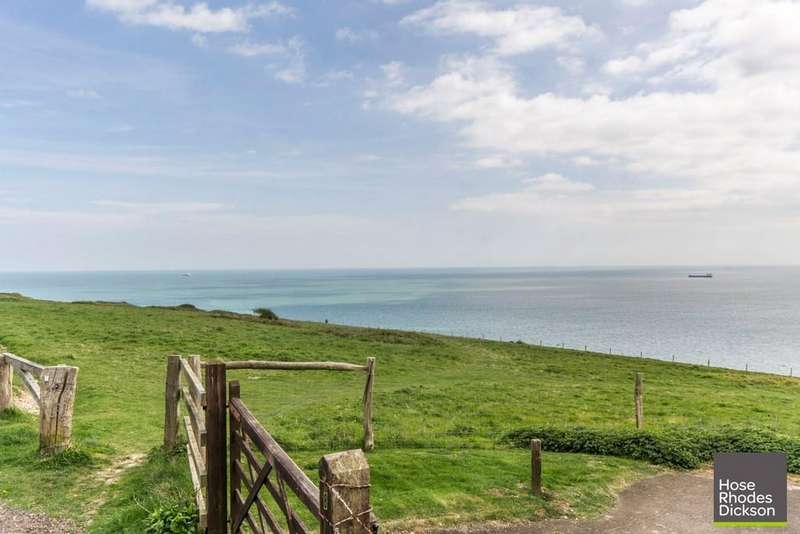 4 Bedrooms Semi Detached House for sale in Culver Down, Bembridge