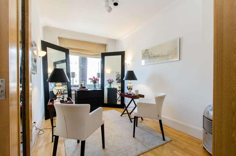 1 Bedroom Flat for sale in Belvedere Road, South Bank, SE1