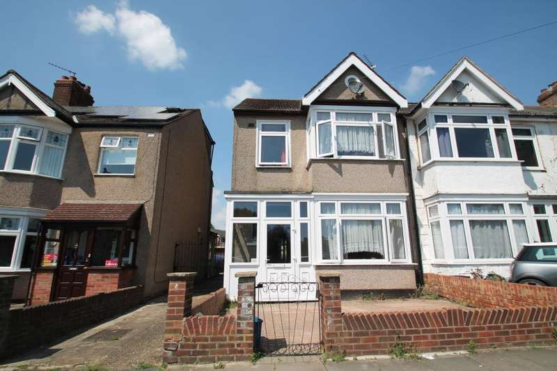 3 Bedrooms End Of Terrace House for sale in CLINTON CRESCENT, HAINAULT