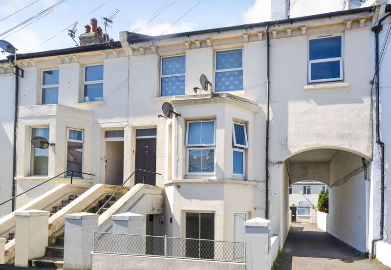 1 Bedroom Flat for sale in Cavendish Place, Eastbourne, BN21