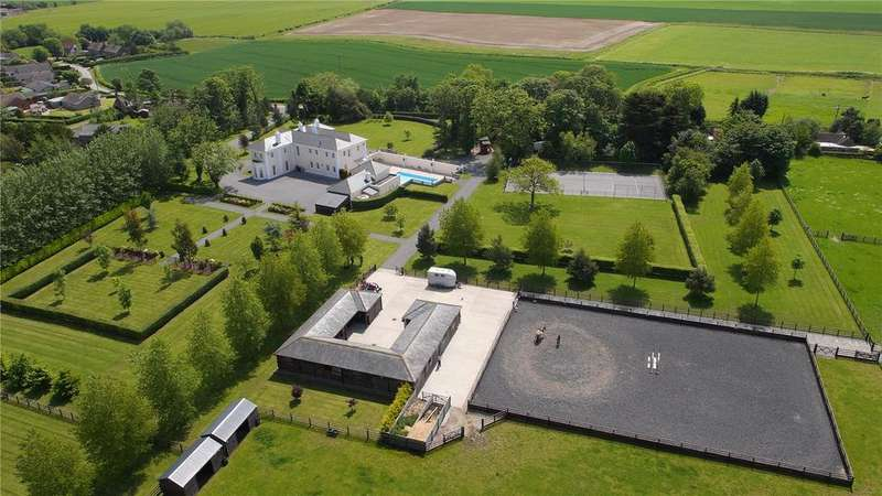 7 Bedrooms Equestrian Facility Character Property for sale in Beesby Hall, Pinfold Lane, Beesby, Alford, LN13