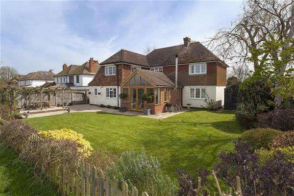 4 Bedrooms Detached House for sale in Pilgrims Way, Stodmarsh Road, Stodmarsh