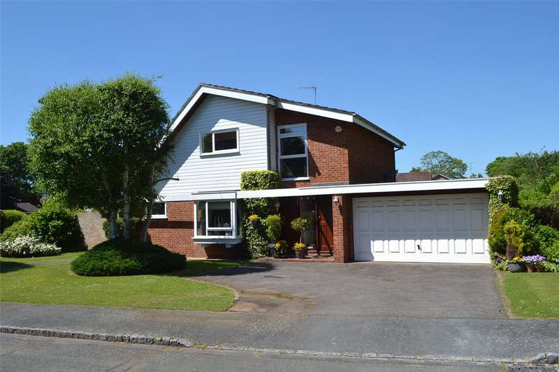 4 Bedrooms Detached House for sale in Ashdown, Maidenhead Court Park, Berkshire, SL6