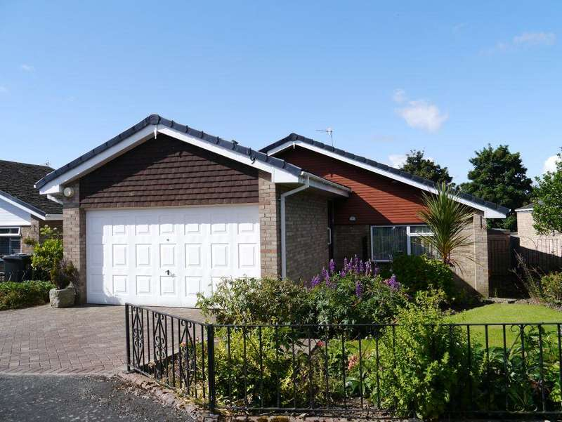 3 Bedrooms Detached Bungalow for sale in Bluebell Close, Wylam