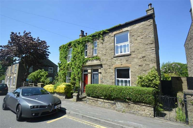 3 Bedrooms Property for sale in Rainow Road, Macclesfield