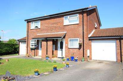 2 Bedrooms Semi Detached House for sale in Christchurch, Dorset