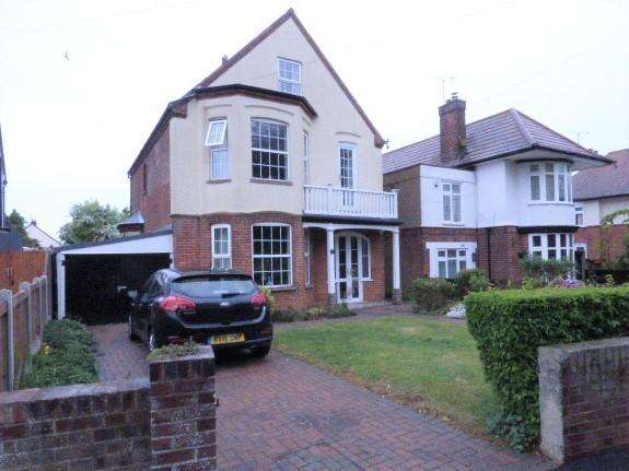 5 Bedrooms Detached House for sale in Fronks Road, Dovercourt CO12
