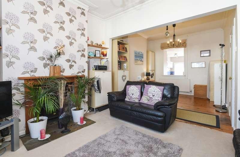 4 Bedrooms Terraced House for sale in Plassey Street, Penarth