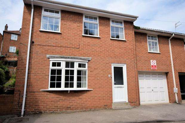 3 Bedrooms Semi Detached House for sale in Quay Street, Scarborough, North Yorkshire, YO11 1PL