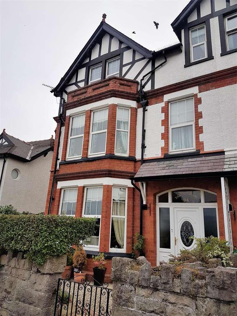 6 Bedrooms Semi Detached House for sale in Conwy Road, Llandudno