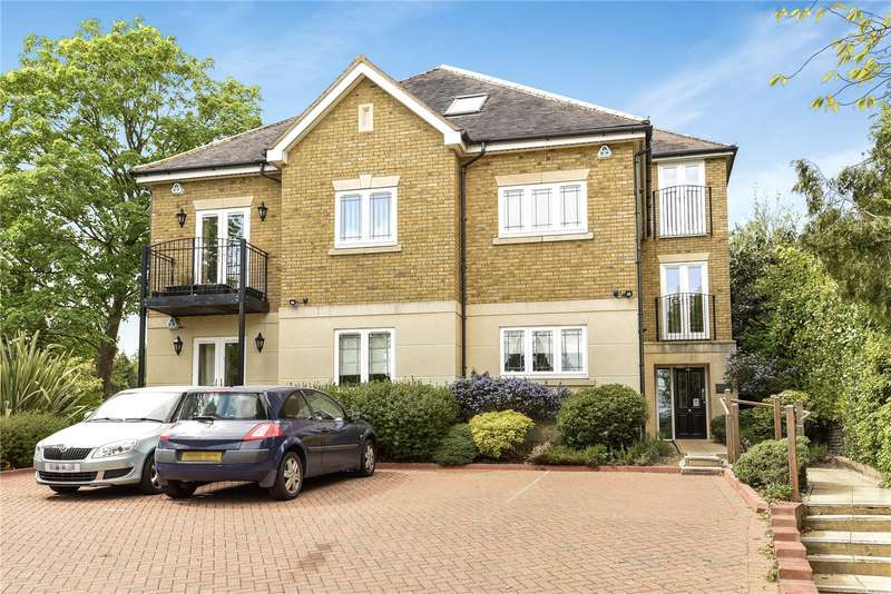 3 Bedrooms Apartment Flat for sale in Mansion House, 48A Murray Road, Northwood, Middlesex, HA6