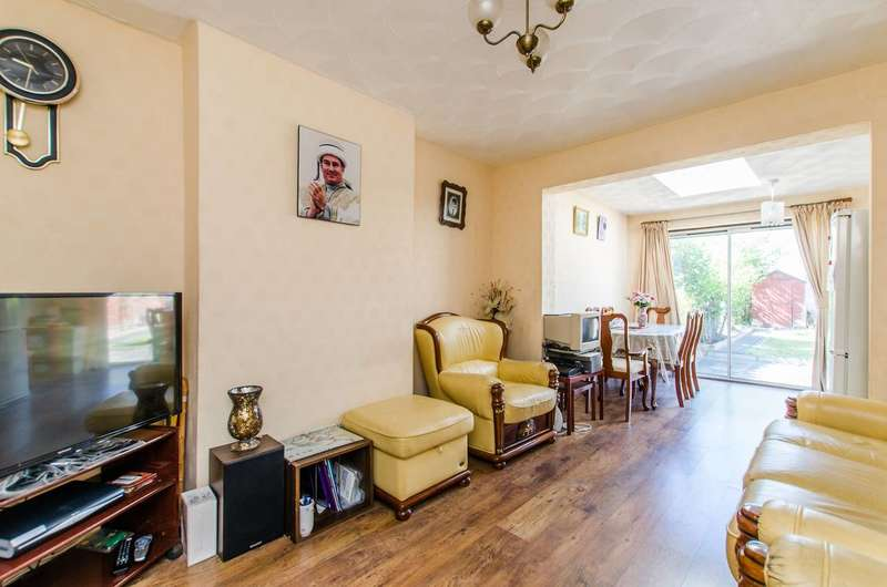 3 Bedrooms House for sale in Windermere Road, Streatham Vale, SW16