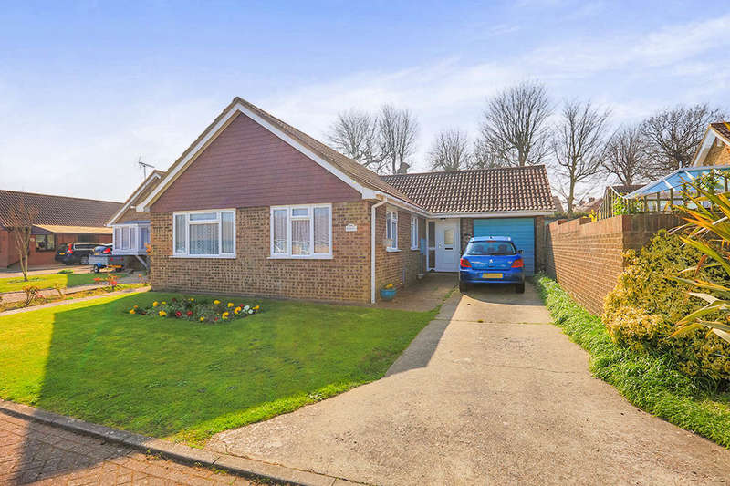 2 Bedrooms Detached Bungalow for sale in Toll Gate, Deal, CT14
