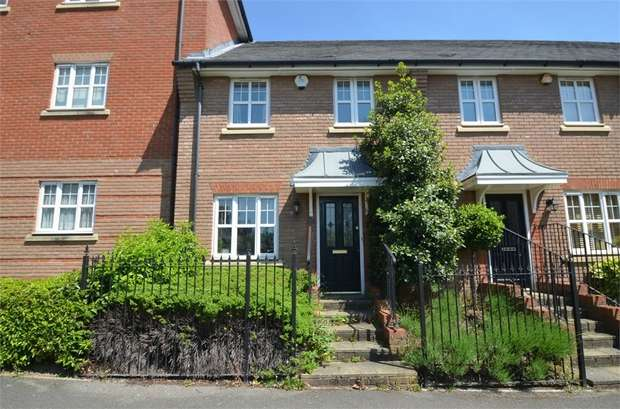 3 Bedrooms Terraced House for sale in Kingsbridge Drive, Mill Hill, NW7