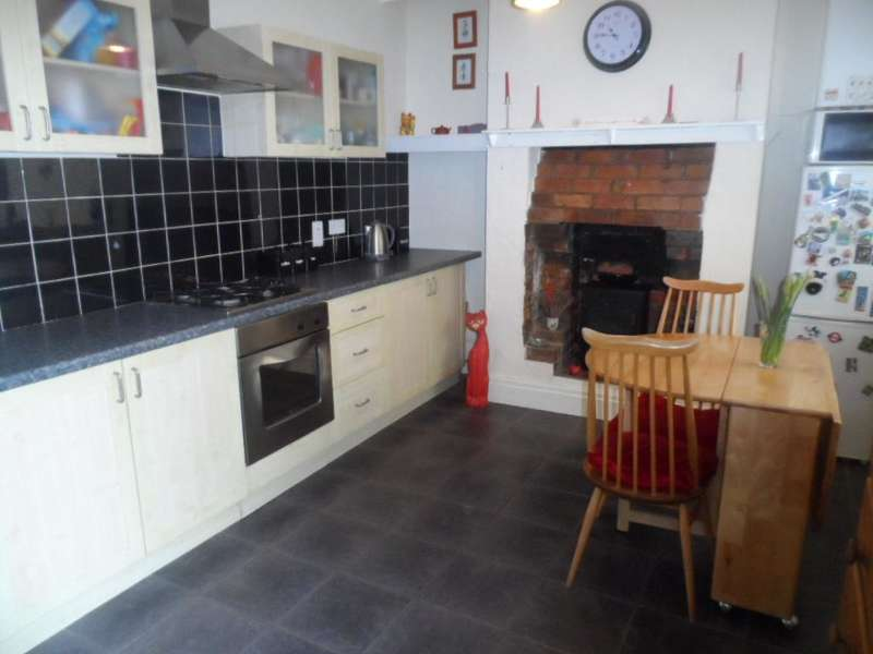 3 Bedrooms Property for sale in 27, Thornton-Cleveleys, FY5 4DQ