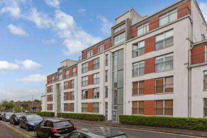 2 Bedrooms Flat for sale in Ascot Gate, Anniesland