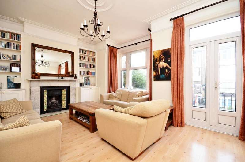 3 Bedrooms Flat for sale in Trinity Road, Tooting Bec, SW17