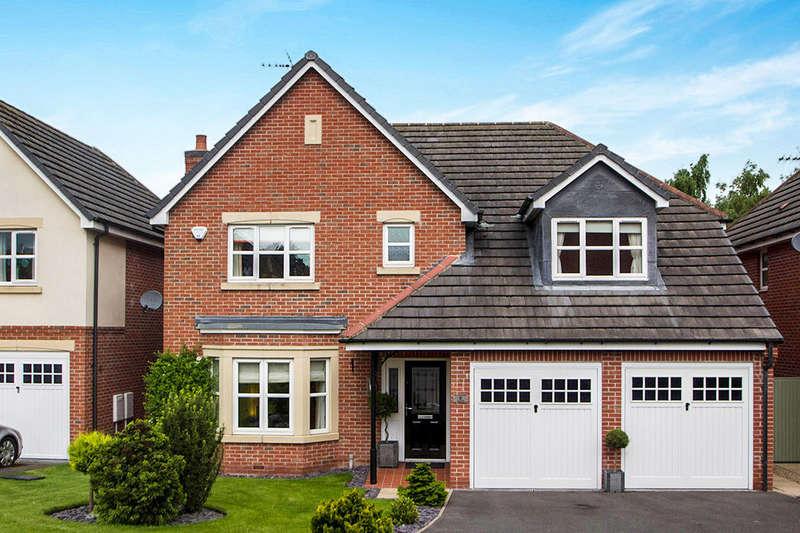 4 Bedrooms Detached House for sale in Hedingham Close, Ilkeston, DE7