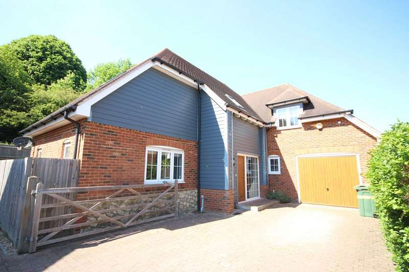 5 Bedrooms Detached House for sale in MAIDSTONE