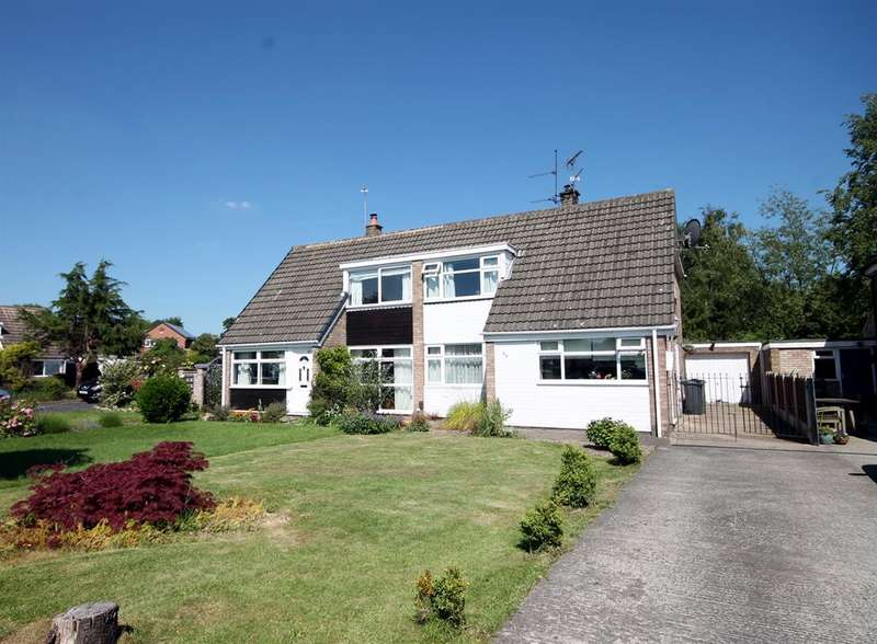 4 Bedrooms Bungalow for sale in Bramble Dene, York, YO24 2RJ