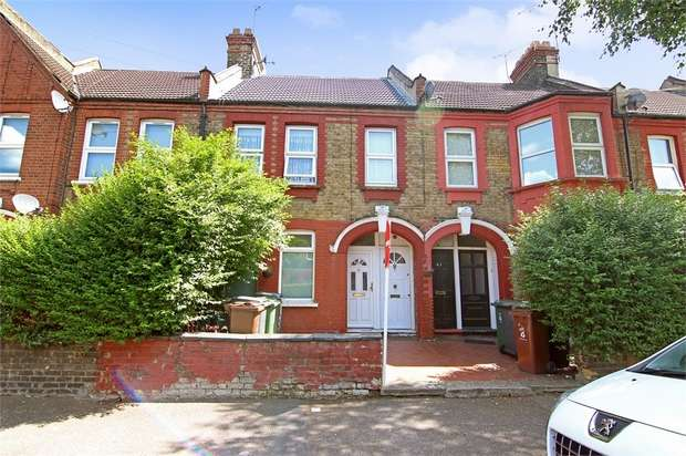1 Bedroom Flat for sale in Morieux Road, Leyton, London