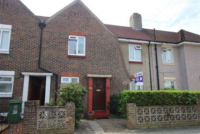 2 Bedrooms Terraced House for sale in Freshwater Road, Cosham, Portsmouth, PO6 3HU