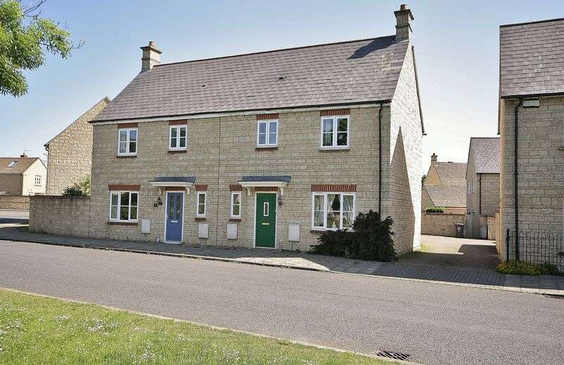 3 Bedrooms Property for sale in Campion Way, Witney